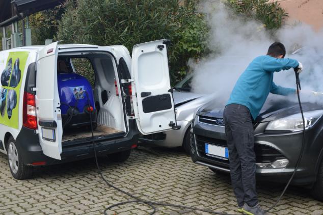 Lavaggio Auto a Domicilio